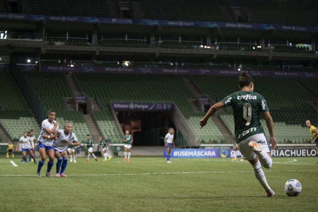 Palmeiras vence Cruzeiro no Allianz Parque pelo Brasileiro Feminino 2021