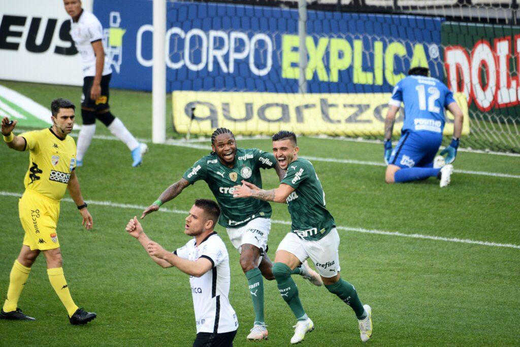 Palmeiras elimina Corinthians e vai a final do Paulistão